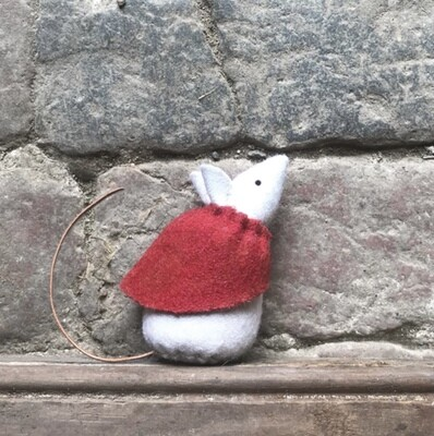 East of India Felt Mouse With Red Cape