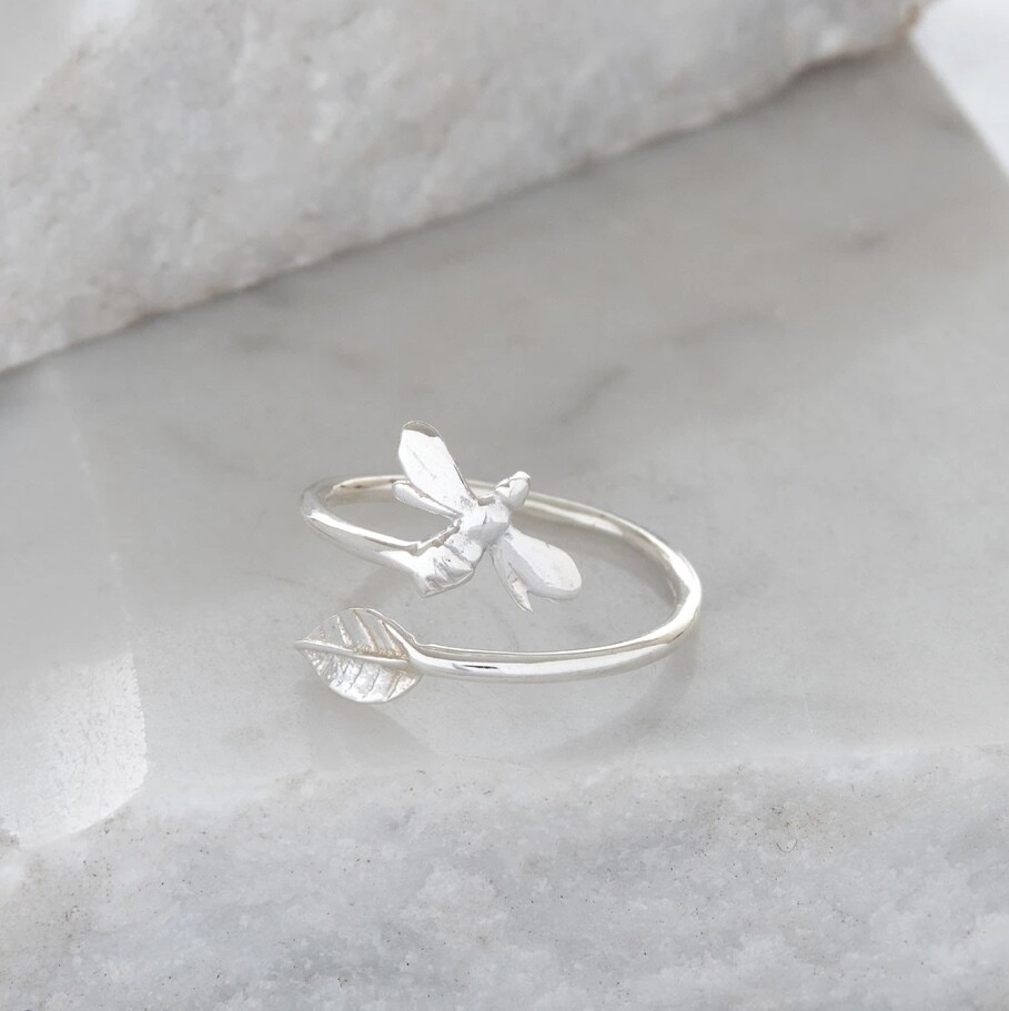 Lime Tree Design Adjustable Bee and Leaf Charm Silver Ring