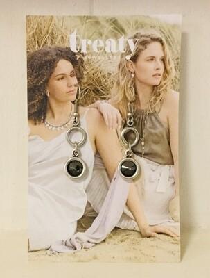 Treaty Crystal Earrings Grey