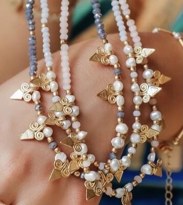 Arrow Head Glass Bead Necklace