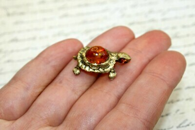 Turtle With Epoxy Resin Bead