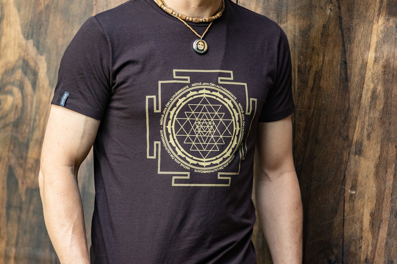 T-shirt 'Sri Yantra' - Brown