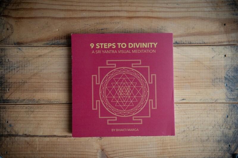 Sri Yantra Visual Meditation. 9 Steps to Divinity. Booklet
