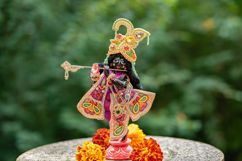 Lord Krishna murti - brass