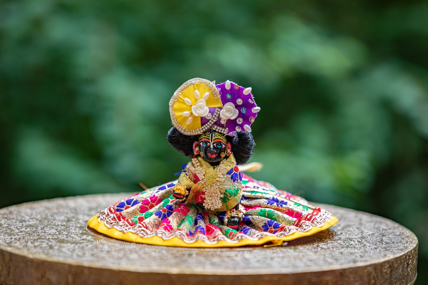 Laddu Gopal murti - small black