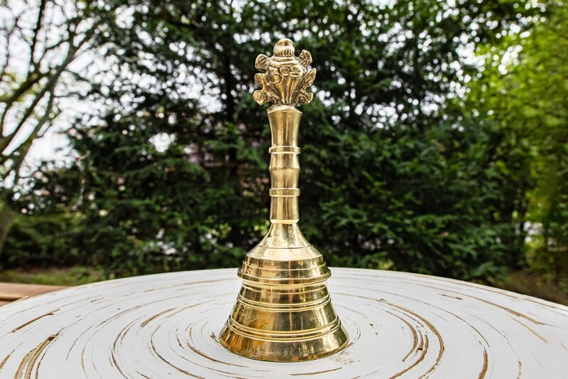 Puja Hand Bell 'Shankha Chakra'