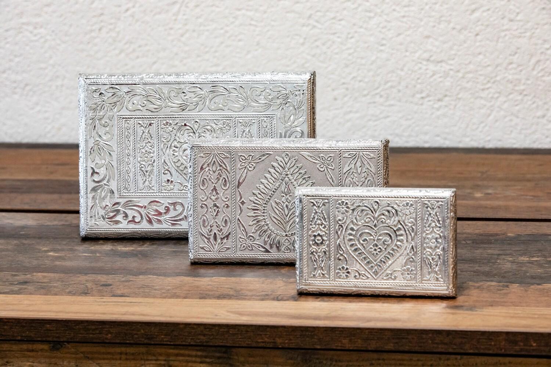 Asanam/Puja Plate Table, silver