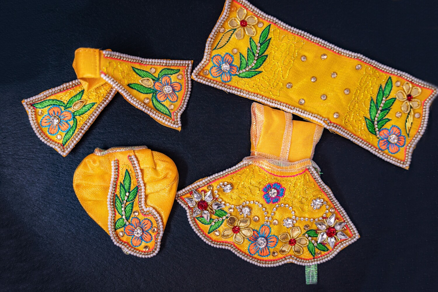 Deity clothing for Radha-Krishna, Sita-Rama, or Lakshmi-Narayana (for 160-180mm deities)