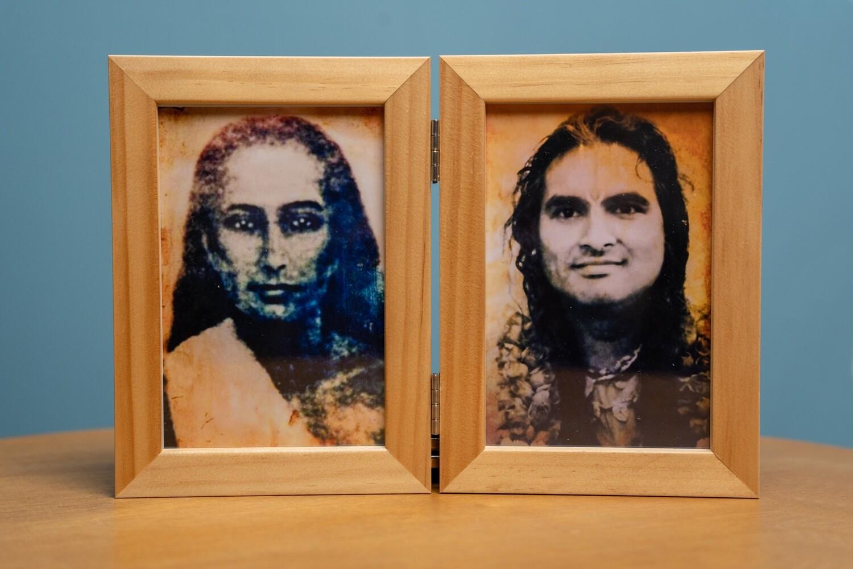 Double Picture Frame - Mahavatar Babaji and Gurudev