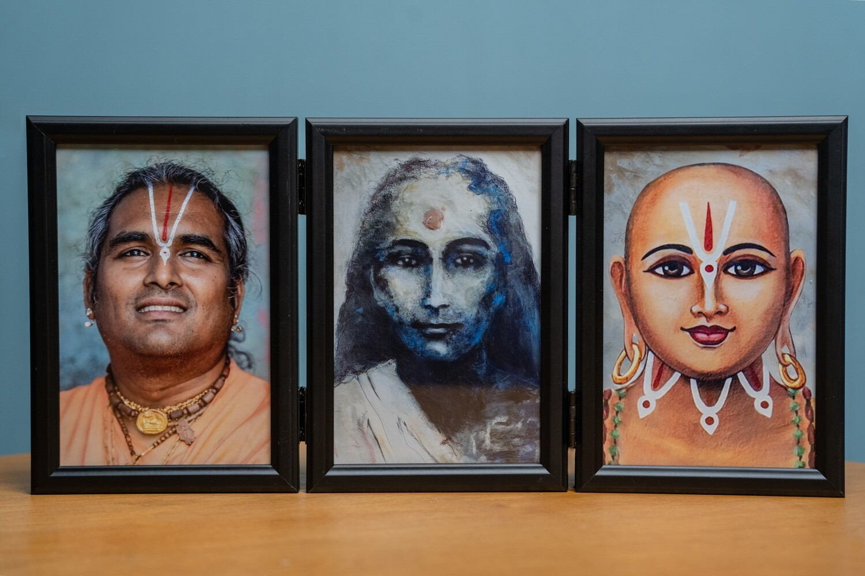 Triple Picture Frame - Mahavatar Babaji, Gurudev and Ramanujacharya