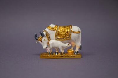 'Kamadhenu Cow with Calf' Decorative Statue - small