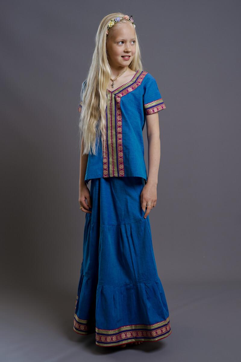 Girl's Gopi Dress Set, 9-10 years