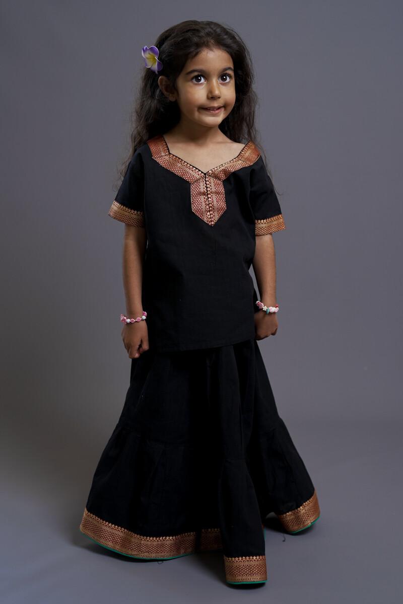 Girl's Gopi Dress Set, 5-6 years