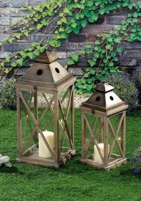 Set 2 lanterne portacandela in legno e ferro - naturali - cm. 22 x 22 x h. cm. 56 / cm. 30 x 30 x h. cm. 75