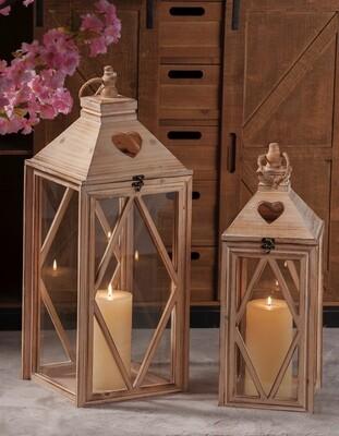 Set 2 lanterne portacandela in legno -  - cm. 20 x 20 x h. cm. 55 / cm. 26 x 26 x h. cm. 71