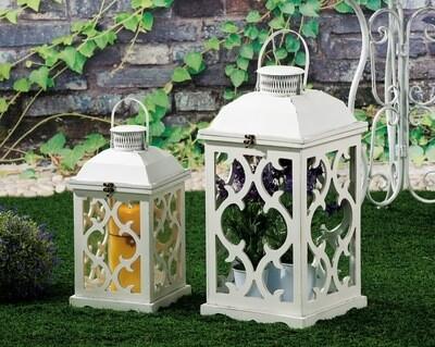 Set 2 lanterne portacandela in legno e ferro - bianche - cm. 22 x 22 x h. cm. 43 / cm. 28 x 28 x h. cm. 57