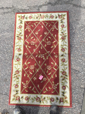 Red White Green Floral Rug