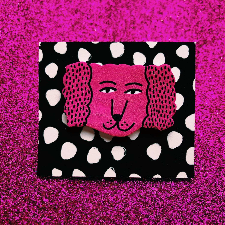 Pin Perrito rosado