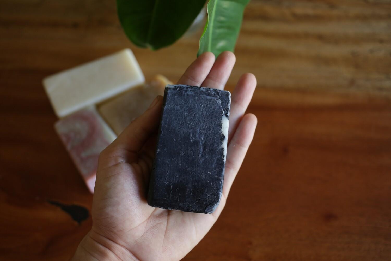 Jabón vegano de Carbón Activado