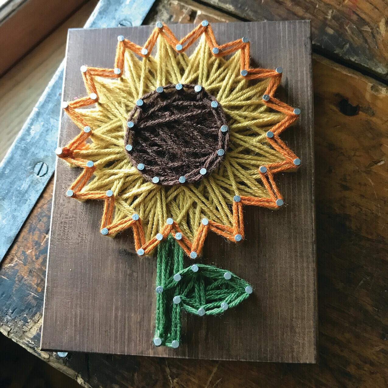 Sunflower Mini String Art Kit