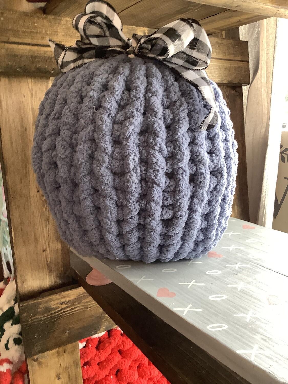Chunky Knit Pumpkin Pillow