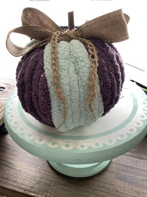 Chunky Knit Pumpkin: Wrapped