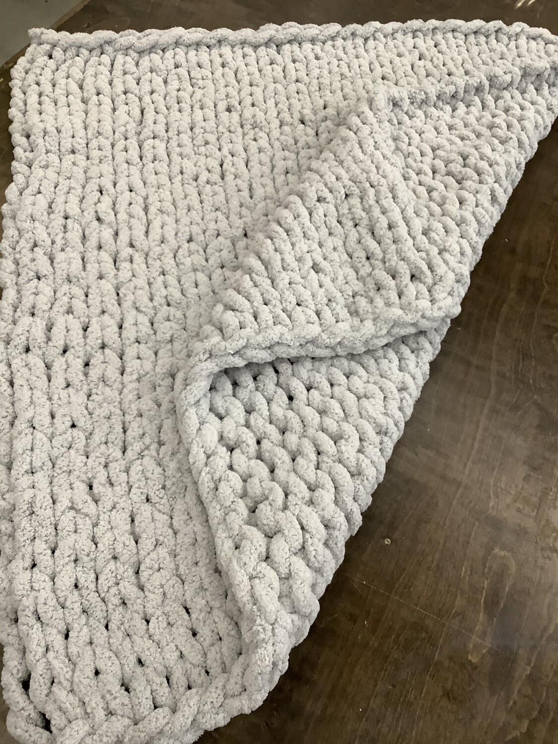 Chunky Knit Blanket: Willow