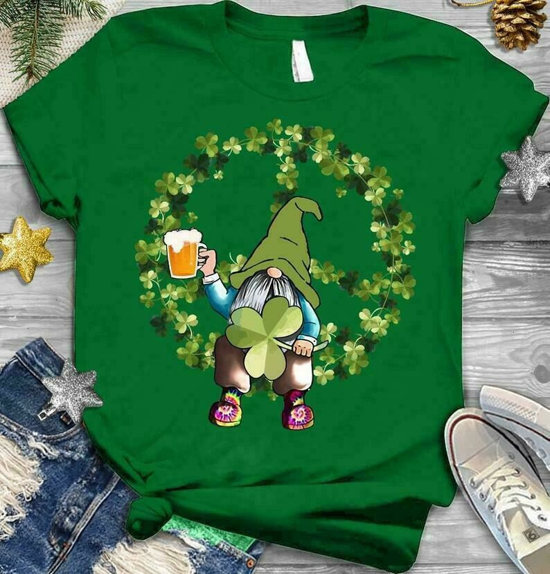 Irish Hippie Gnome lucky Patrick's Day,Gnome Holding Beer Green Shamrocks Four Leaf Clover T-Shirt