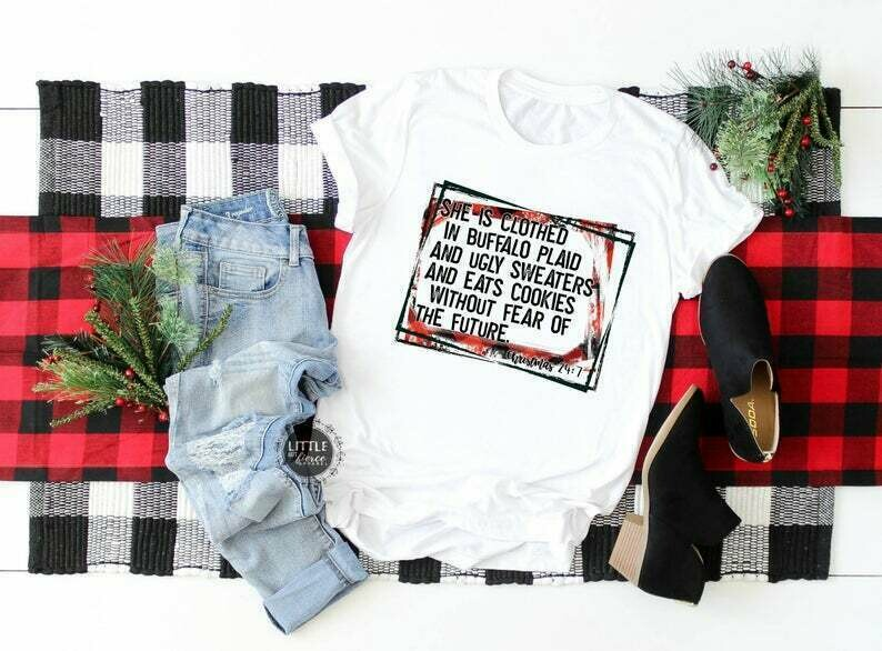 Christmas shirt - She is clothed in buffalo plaid - Christmas shirts - Women's Christmas shirt - Buffalo plaid - Vintage - funny