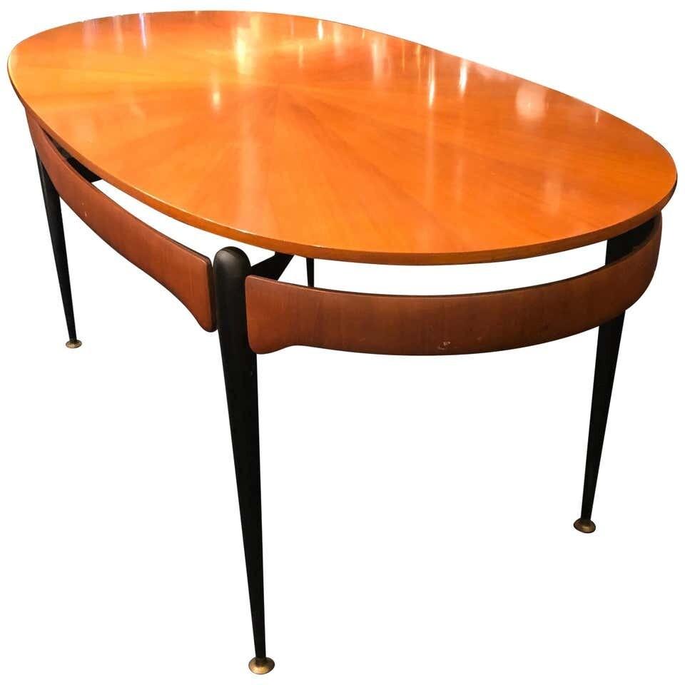 Silvio Cavatorta Mid-Century Modern Rosewood Italian Dining Table, circa 1950