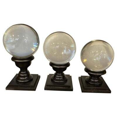 1930 Set of Three Art Deco Transparent Murano Glass Spheres on Stand