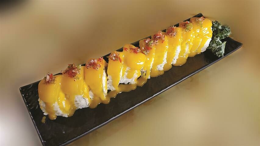 Holy Mango Roll