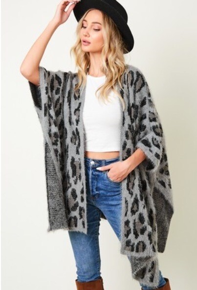 Open Front Grey Leopard Poncho\Cardigan