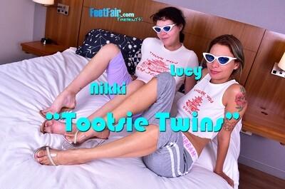 Tootsie Twins (V4K)