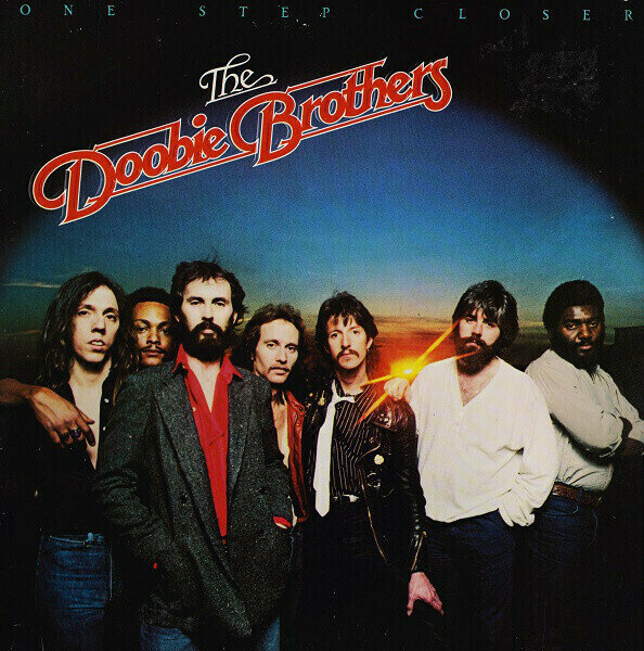The Doobie Brothers – One Step Closer