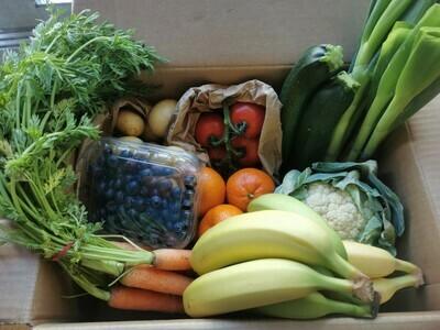 MEDIUM Farm Fresh Fruit and Veg Box
