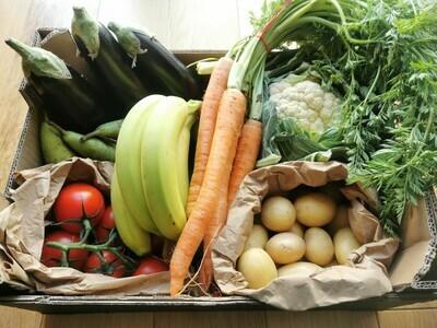 SMALL Farm fresh fruit and veg box