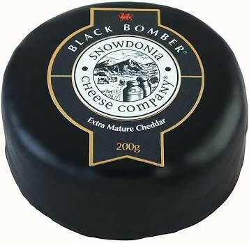 Snowdonia Black Bomber Extra Mature Cheddar Cheese 200g