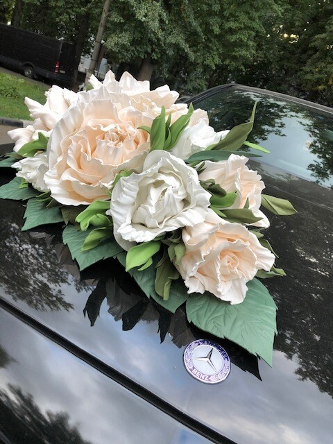 """Композиция на капот """" Julia"""", туманная роза, 40*70 см"""