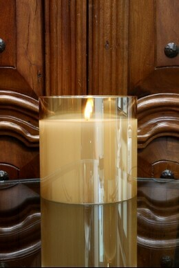 Radiance Poured Candle 5.75