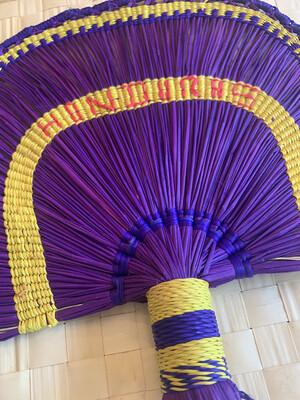 Coquette's Armoire Abanico en forma arcoíris, morado, tejido a mano en fibra de junco