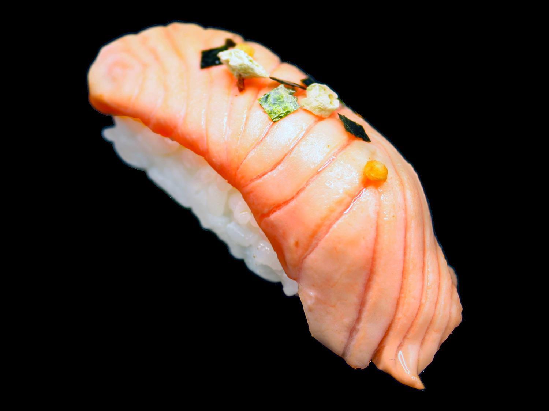 Aburi Maguro/ Tuna | yuzu | sesam金枪鱼