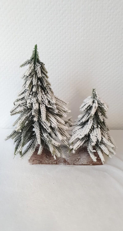 Sapin en artificiel blanchi 25 cm