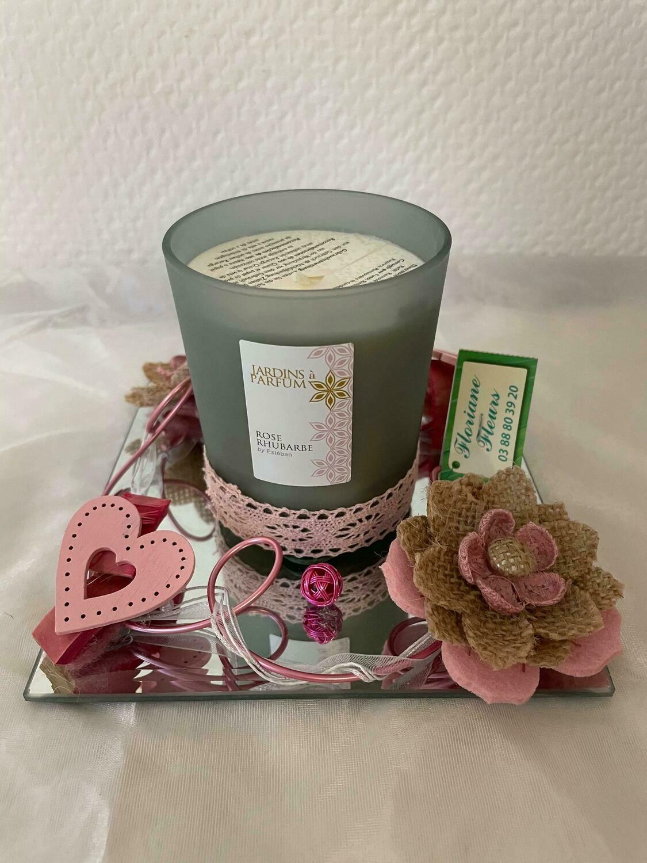 Bougie décorée parfum rose/rhubarbe