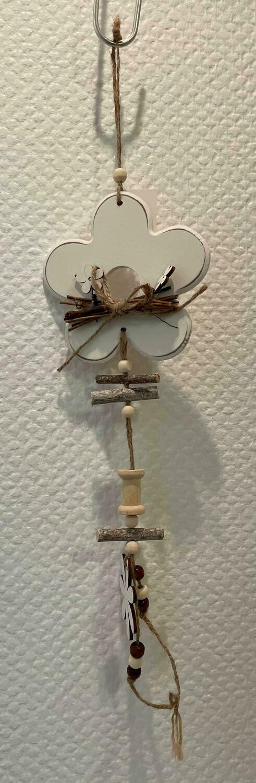 Suspension en bois, fleur/coeur/papillon