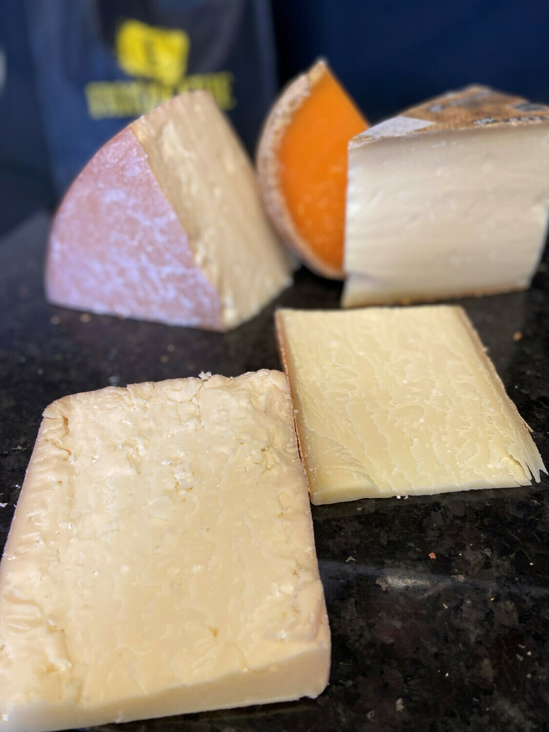 Pâte ferme internationale 2 fromages