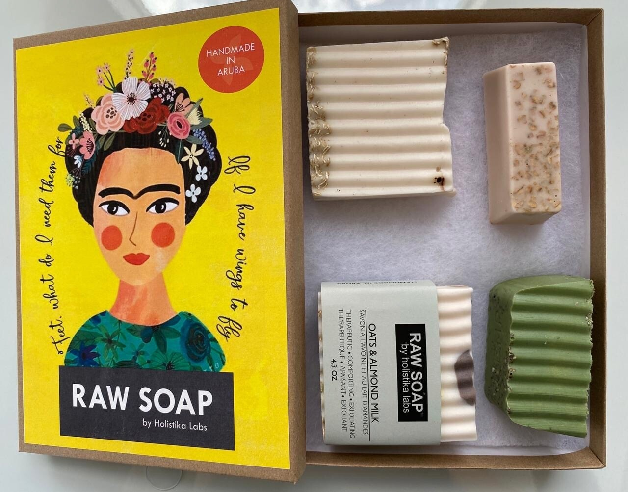 RAW Soap Holistika 'Frida 2'