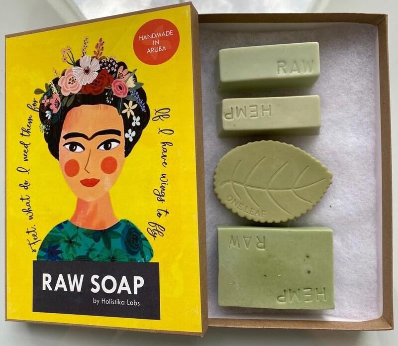 RAW Soap Holistika 'Frida 1'