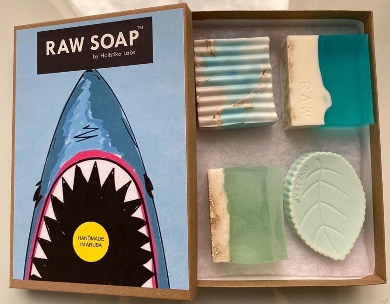 RAW Soap Holistika 'Shark'