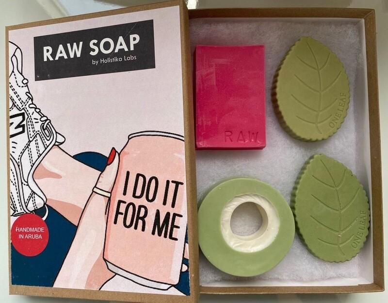 RAW Soap Holistika 'I Do It For Me'